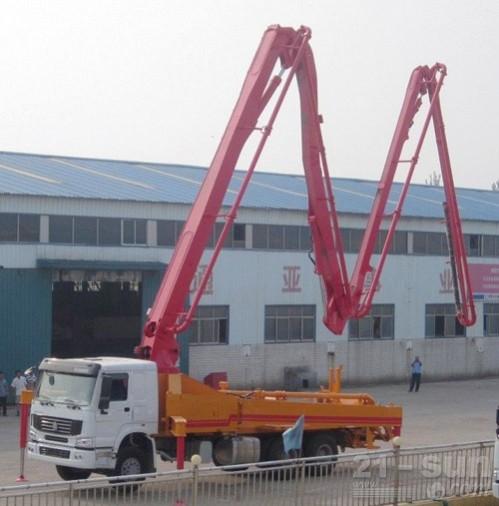 通亚汽车CTY5320THB-45ZX170混凝土臂架泵车