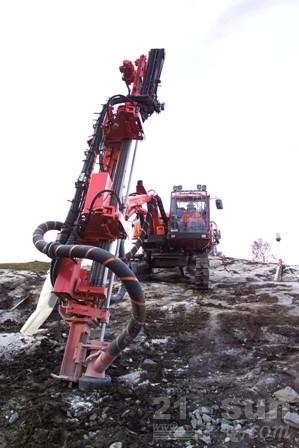 山特维克DX780露天潜孔钻机