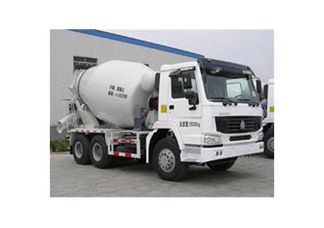 中通汽车ZTQ5252GJBZZ740N(豪泺)混凝土搅拌运输车