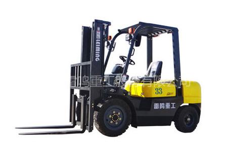 雷鸣重工CPC(D)33内燃平衡重式叉车