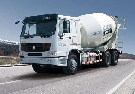 徐工XSC4313重汽豪沃系列四桥混凝土搅拌运输车