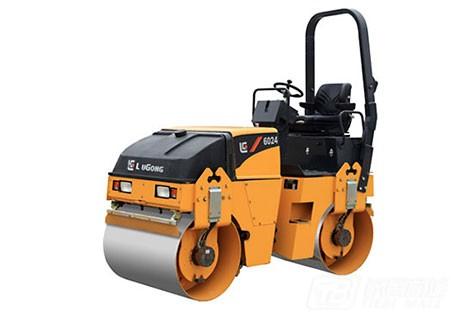 柳工CLG6024双钢轮压路机