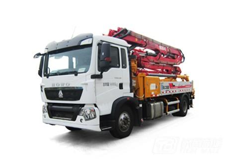 徐工HB26K混凝土泵车