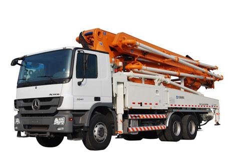 中联重科ZLJ5330THBS 47X-5RZ混凝土泵车