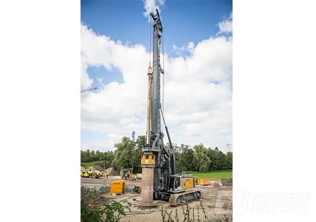 利勃海尔LB44旋挖钻机