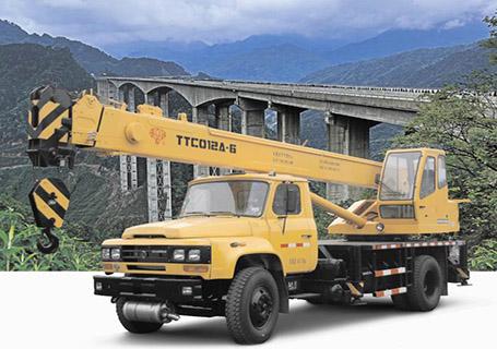 四川长起TTC012A-6汽车起重机