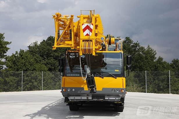 利勃海尔LTM 1070-4.2汽车起重机
