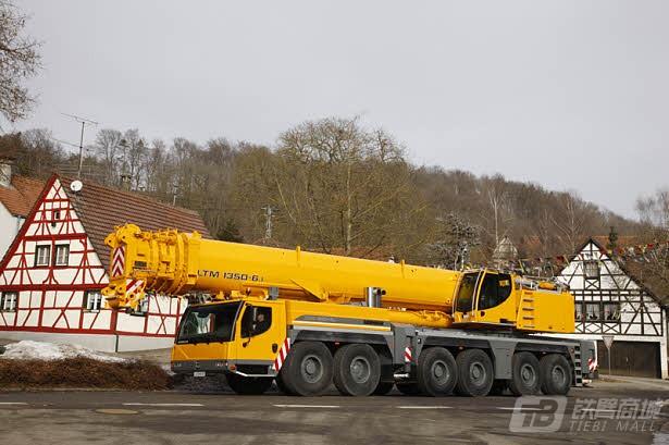 利勃海尔LTM 1350-6.1汽车起重机