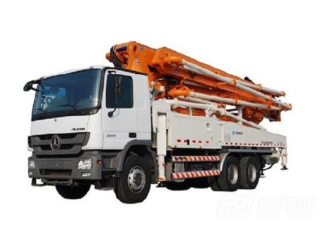 中联重科ZLJ5540THBS 63X-6RZ混凝土泵车
