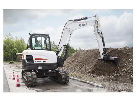 山猫E85迷你挖掘机