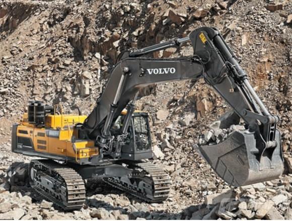 沃尔沃EC750DL履带挖掘机