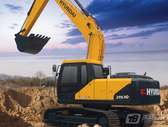 现代R215L VS履带挖掘机