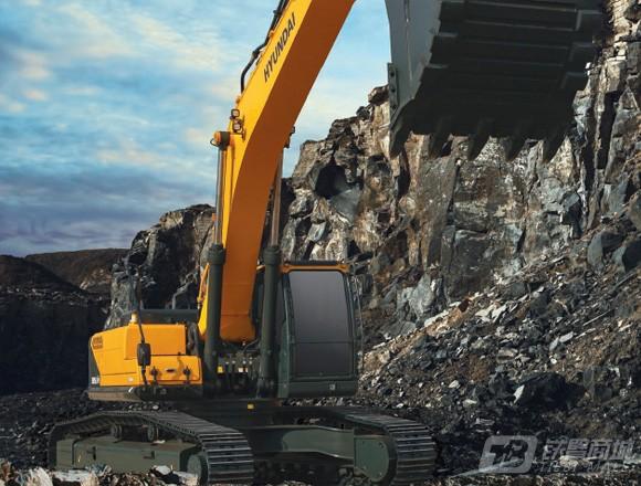 现代R385L VS履带挖掘机
