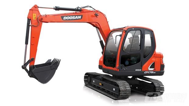 斗山DX75-9C履带挖掘机