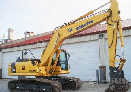 小松PC200-8挖掘机外观图1