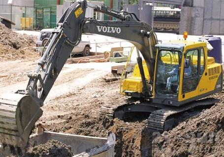 沃尔沃EC140D挖掘机外观图1
