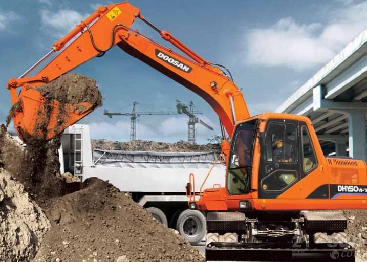 斗山DH150W-7轮式挖掘机外观图3