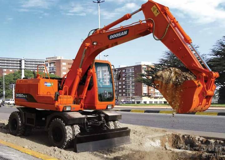 斗山DH150W-7轮式挖掘机外观图5