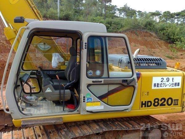 加藤HD820R挖掘机外观图1