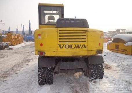 沃尔华DLS865-9A轮式挖掘机外观图2
