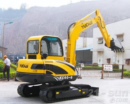 玉柴YC60-8挖掘机外观图1