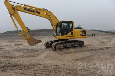小松PC200-8M0挖掘机外观图1