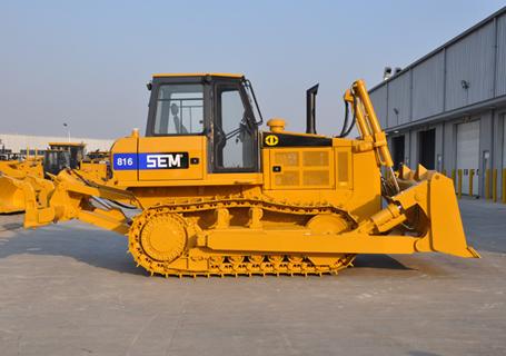 山工SEM816履带推土机外观图2