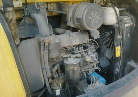 小松PC56-7液压挖掘机外观图10