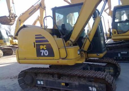 小松PC70-8挖掘机外观图3