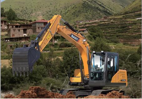三一SY135C挖掘机外观图1