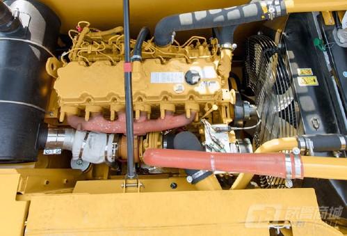 卡特彼勒323D2 L液压挖掘机外观图3