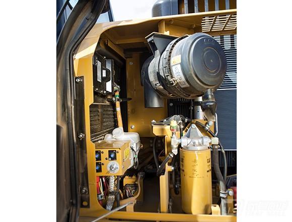 卡特彼勒318D2L挖掘机外观图1