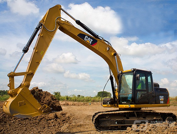 卡特彼勒318D2L挖掘机外观图2