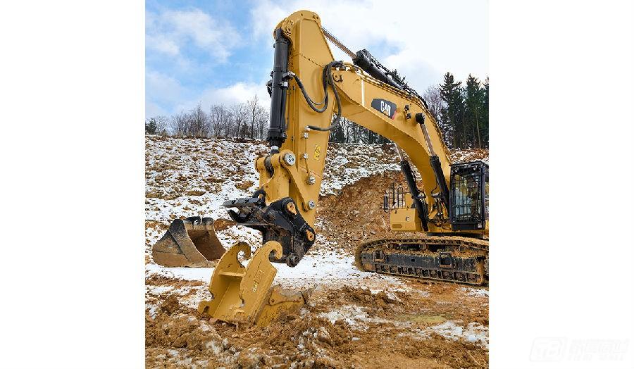 卡特彼勒390F L挖掘机外观图2