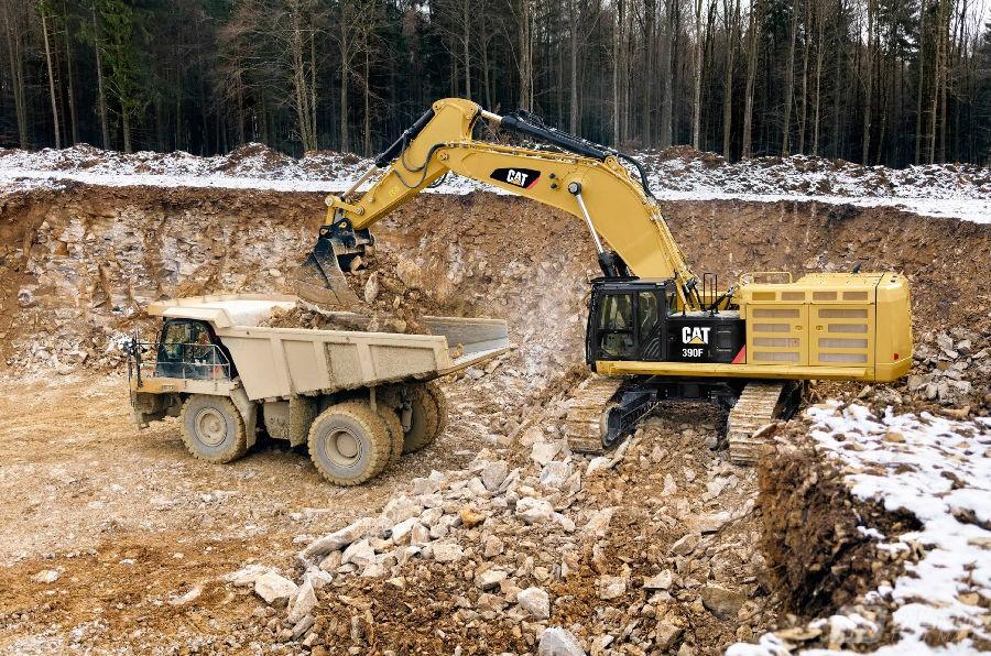 卡特彼勒390F L液压挖掘机外观图6