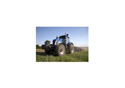 纽荷兰T8000轮式拖拉机