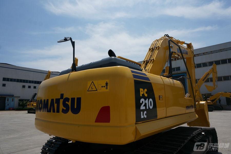小松PC210LC-8M0液压挖掘机外观图6