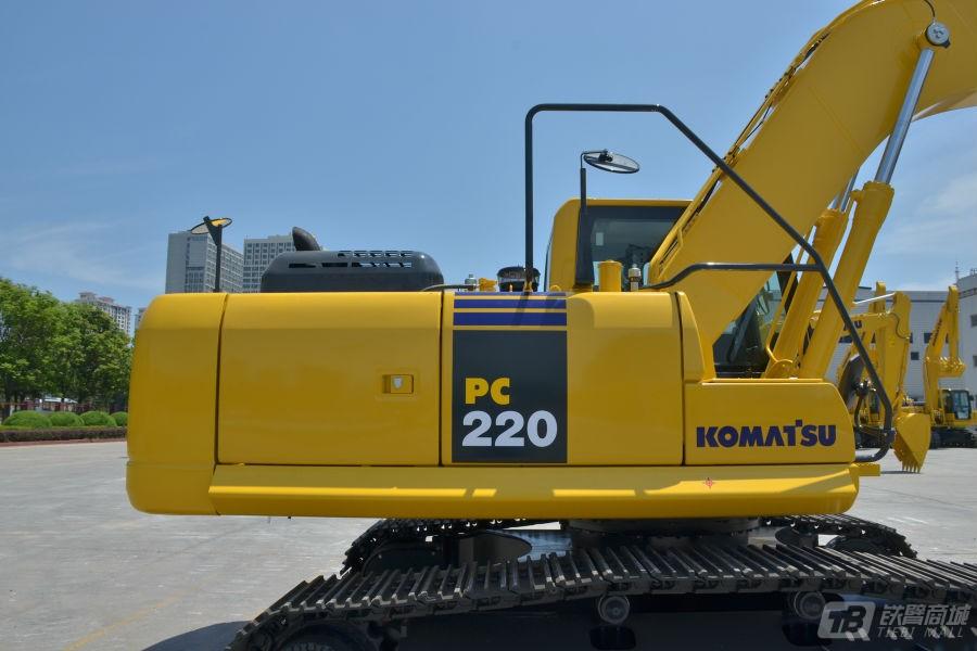 小松PC220-8M0液压挖掘机外观图5