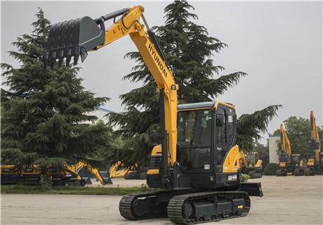 现代R60-9VS挖掘机外观图2