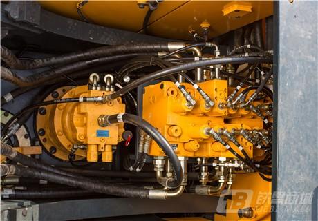 现代R110VS小型挖掘机细节图5