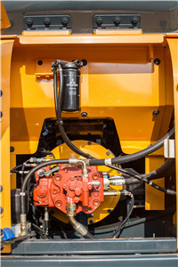 现代R130VS履带挖掘机细节图4