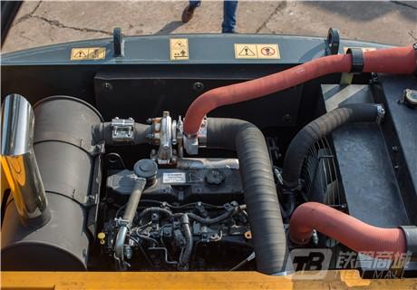 现代R130VS履带挖掘机细节图2