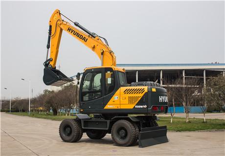 现代R150WVS轮式挖掘机外观图3