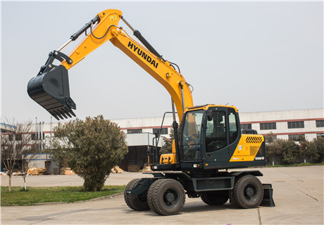 现代R150WVS轮式挖掘机外观图7
