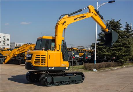 现代R75VS小型挖掘机外观图4