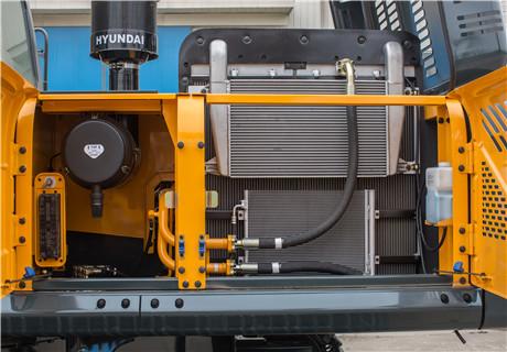 现代R350LVS履带挖掘机细节图1