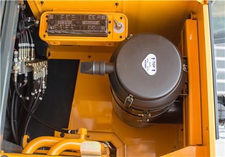 现代R350LVS履带挖掘机细节图2