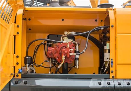 现代R350LVS履带挖掘机细节图3