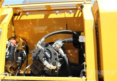 约翰迪尔E210 LC履带挖掘机细节图1