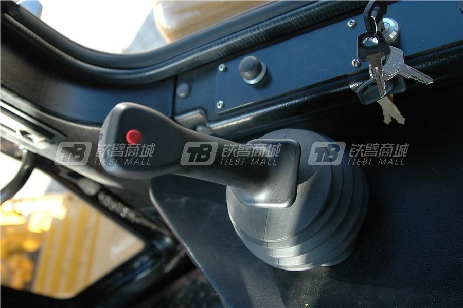 宣工SD7N履带推土机细节图2